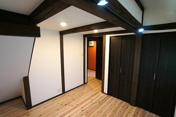 珪藻土を使った室内壁の塗替え
